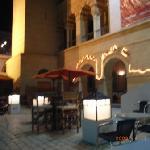 観光メディナ内のイタリアンレストラン。