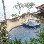 Pool with jcuzy