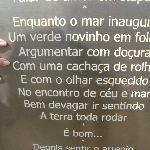 Praça com as letras das músicas de Vinicius de Moraes...lindas!