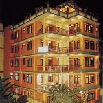 Our hotel has 27 rooms located in the tourist district of Thamel
