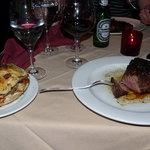 Filet mignon with potatos gratin/bacon