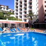 piscine,arriére hotel mimosa