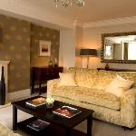 Three-bedroom Standard Apartment