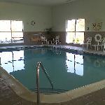 24 hr pool