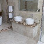 Anastasia Bathroom