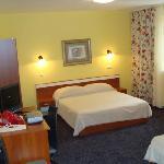 Triple bedroom east