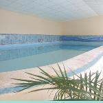 Oue Swimming Pool