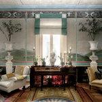 Roman Salon
