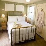 The Zinfandel Suite double bed with private sitting room