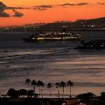 cruise ship leaving port of Honolulu