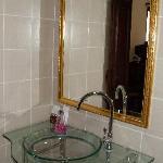 Elegant fittings in bathroom