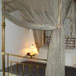 'Romantic' bed