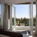 Comptoir, balcony with a nice view on the Royal Palace neighbourhood