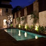 Cinta Inn Pool in the heart of downtown Ubud