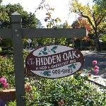 Hidden Oak Inn