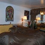 Las Vegas Room (honeymoon suite)