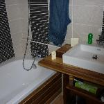 une des salles de bain de la villa