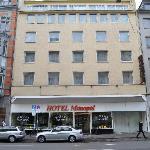 Fachada Hotel Monopol