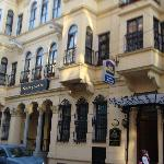 Front of hotel from street