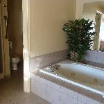 jetted tub in master suite