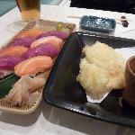 Tuna&Salmon set. Squid Tempura