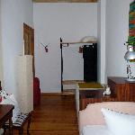 Zimmer 11 - Blick Richtung Tür