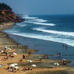 Bathing and sun tanning at Varkala