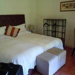 lonangua room