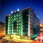 โรงแรมฟลอร่าแกรนด์