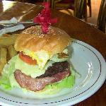 Hamburger with chips