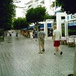 La rue du restaurant Xaloc