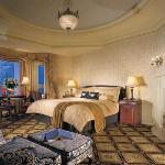 Signature Fairmont Guest Room