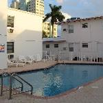 Summerland Suites Fort Lauderdale - pool #3