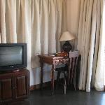 Schreibtisch, TV