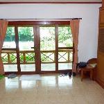 Superior bungalow living room