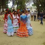 Damen in der Feria de Jerez