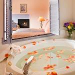 Gauguin Room