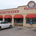 Joe's Bar & Grill Cantina