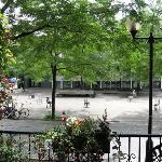 Vue d'été sur la Place Roy