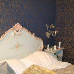 the queen bed
