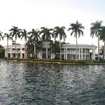 "Multi million dollar home (""The White House"")"