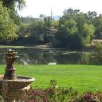 Looking across Deaver Green and the lake at Amador Harvest Inn