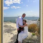 small intimate, inexpensive weddings