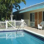 One and two-bedroom apts--short walk to beach!