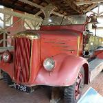 スタダイス外に展示された消防車