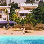 Beach House Villas & Hotel
