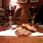 Mmm, sherry and cookies! :)