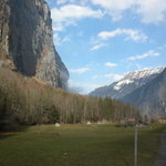 Walk the Lauterbrunnen Valley