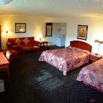 Large Suite - Gateway Inn - Grangeville, Idaho