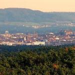 Sicht auf Nürnberg inkl. Nürnberger Burg vom Aussichtsturm Cadolzburg aus